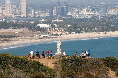 Cabrillo-monument-Point-Loma