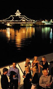 ParadeofLights-Dinner-Cruise