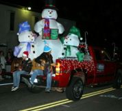 alpine-village-christmas-parade