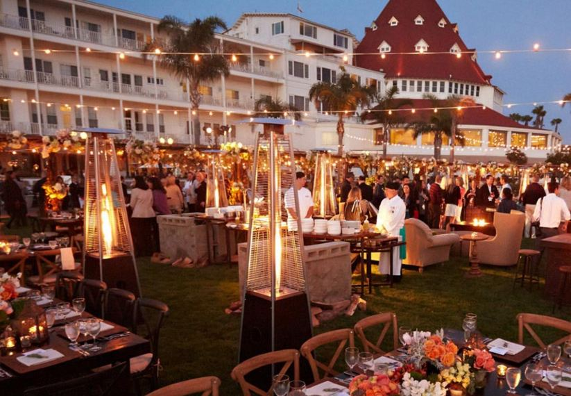 hotel-del-coronado-christmas-lights