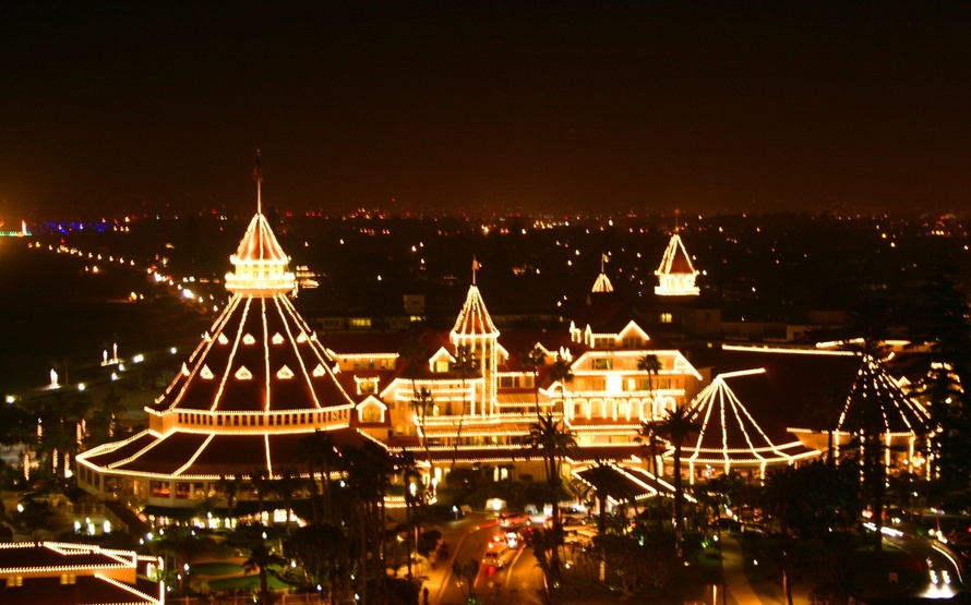 Hotel Del Coronado Christmas Lights